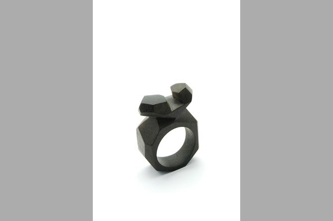 Ring, Rohling, Ebenholz, Foto: M. Alburg Duncker