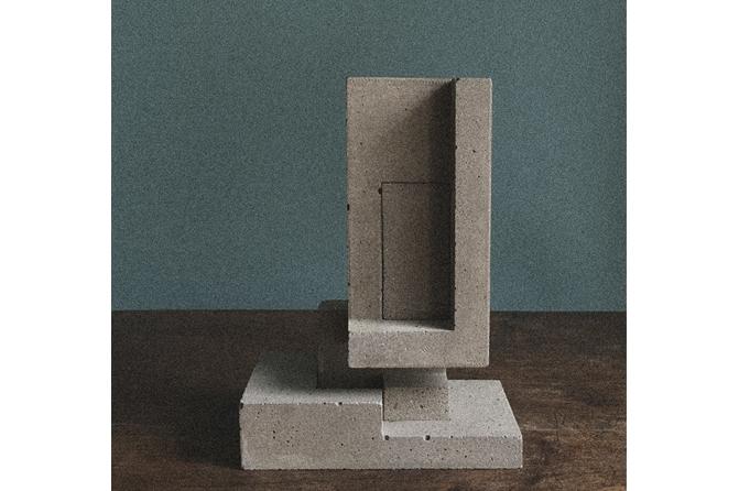 Thirteen Figures! Material: Fine cast concrete!