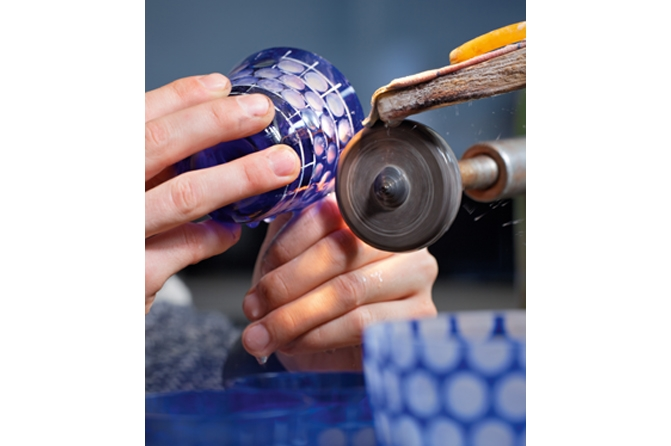 Schleifen_Rotter Glas, Foto: ®Perlbach Fotodesign